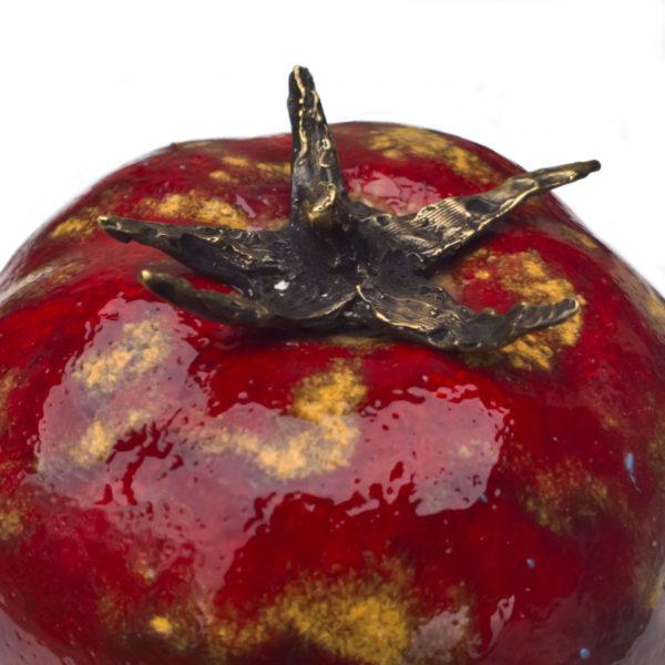 ceramiczne owoce i warzywa, czerwony pomidor