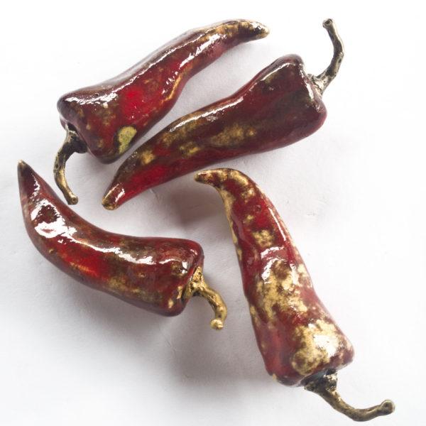ceramiczne czerwone papryczki