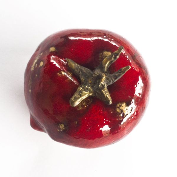 ceramiczny czerwony pomidor